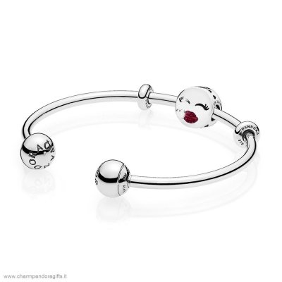 Pandora Vendita Online Cute Bacio Open Bangle Regalo